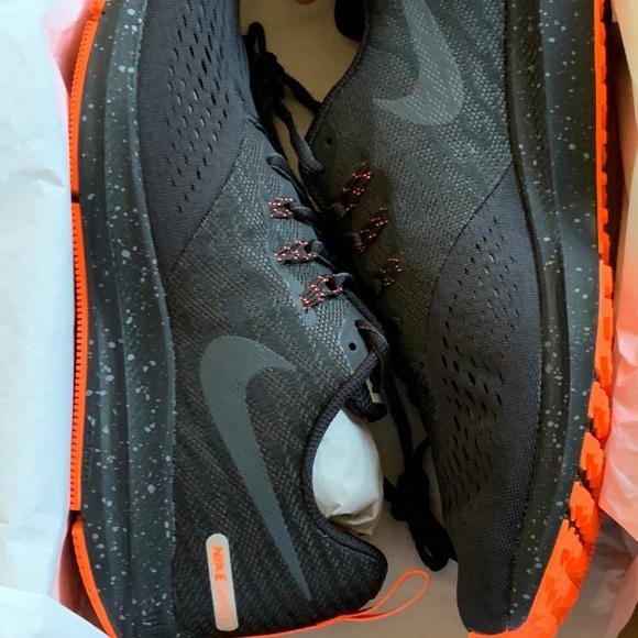 Zoom NWT 4 Nike Shield 001 921704 Winflo w0m8nN